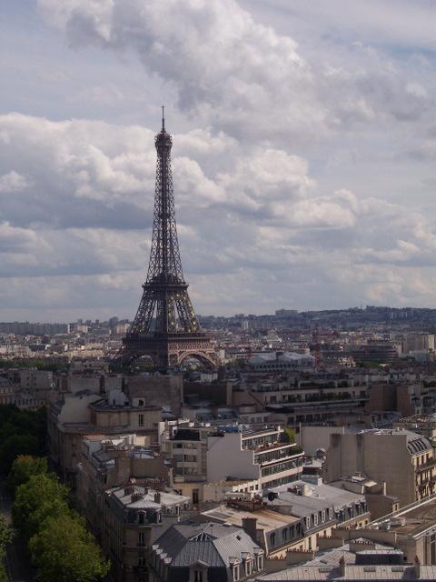 """My Gutsy Story"" Winner, Paris Book Event + More"