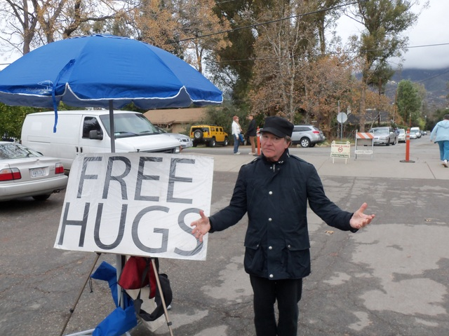 "Are you Gutsy enough to give a stranger a ""Free Hug""?"