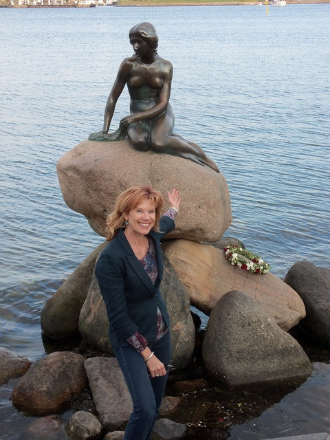 A Visit to the Little Mermaid in Copenhagen