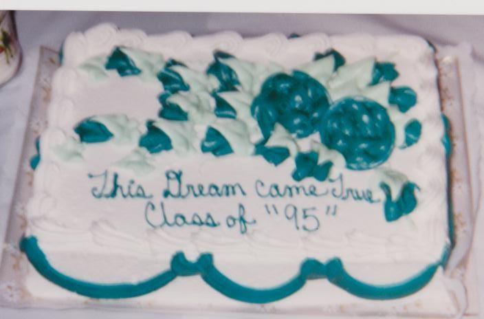 Lola De Maci Graduation Cake - Master's degree