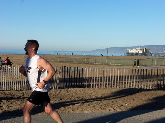 Duke in Santa Monica 10K race
