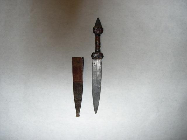 N 03 b - Nigerian knife