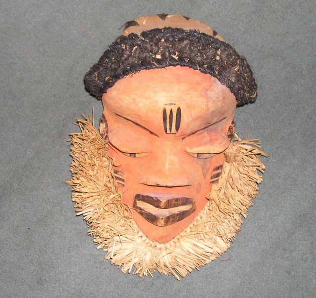 Z 06 - bPende dancing mask