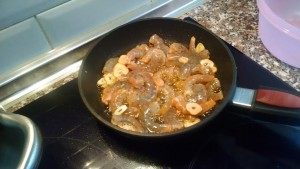 shrimp and garlic cooking